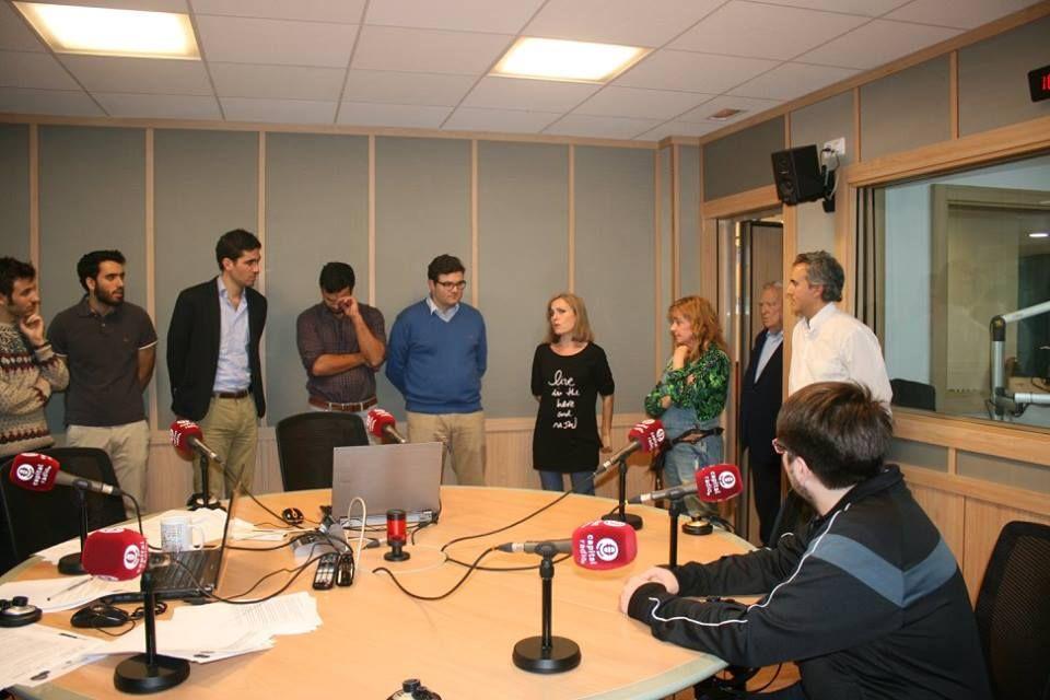 Alumnos-del-I-curso-de-la-Escuela-de-Periodismo-Manuel-Martn-Ferrand-con-la-periodista-Laura-Blanco